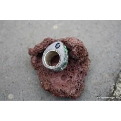 Bague en pierre de lave émaillée vert et saphir