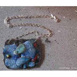 Sautoir en pierre de lave émaillée et argent